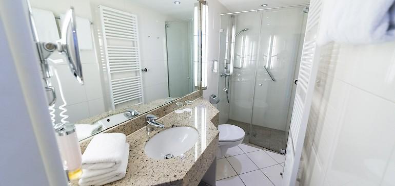 Voorbeeld van een badkamer in de superior categorie