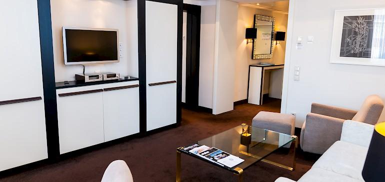 Voorbeeld van een woonkamer in een kaisersuite