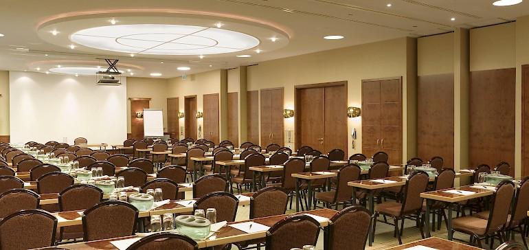 Conferentie in de Kaisersaal met 100 personen