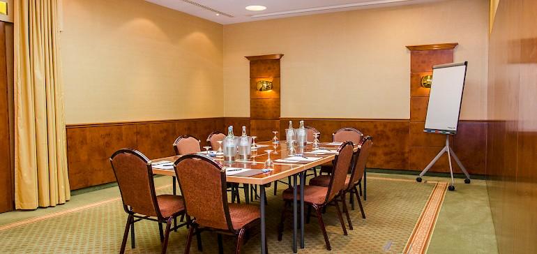 Groepsruimte in de Friedrich-zaal met 8 personen